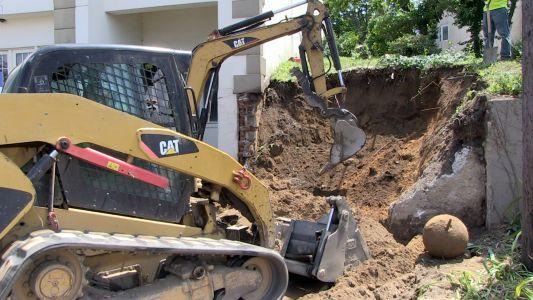 Construction-FrontWallDemo04